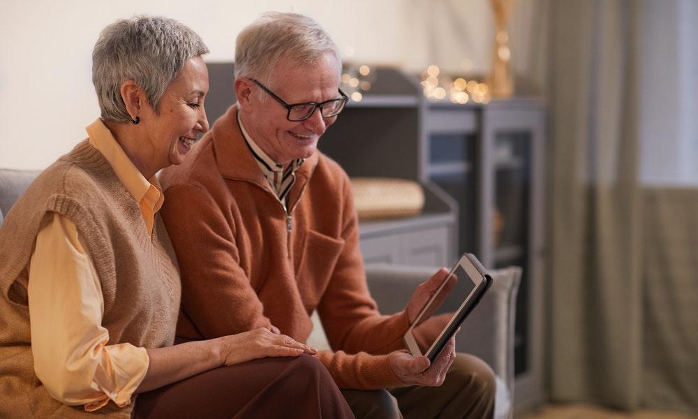 Parents and Grandparents Sponsorship Opens